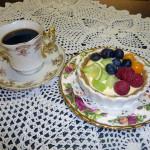 minipaj med lime och bär kafé